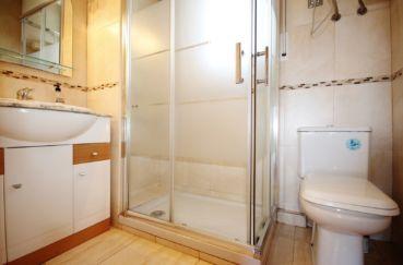 empuriabrava immobilier: appartement 3 pièces 57 m², salle de bain avec douche et wc