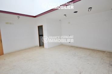agence immobiliere rosas: local 189 m² pour commerce | ref.3108