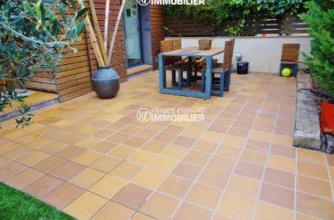 immo costa brava: villa ref.2482, terrasse avec coin repas accès à la cuisine