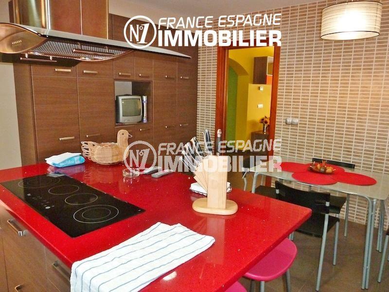 achat maison espagne costa brava, ref.1013, cuisine indépendante avec coin repas