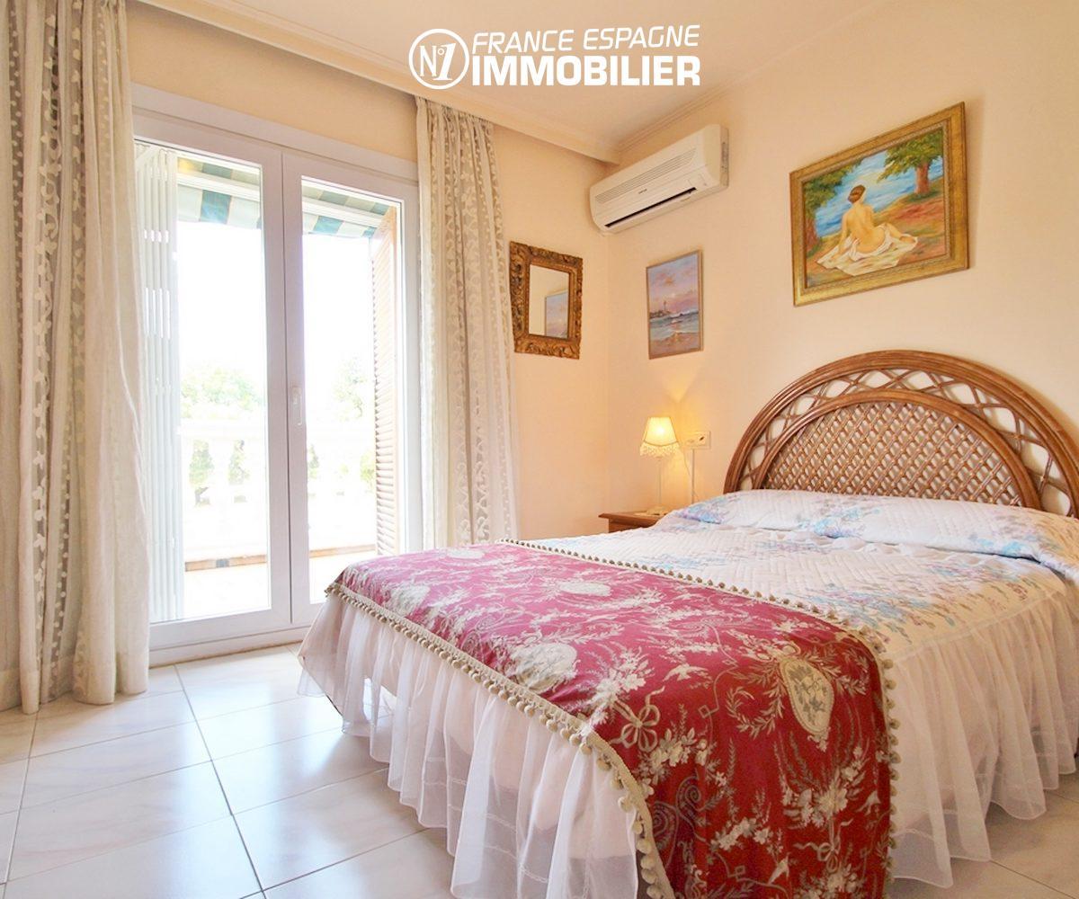 maison a vendre empuriabrava, ref.3271, suite parentale - vue terrasse