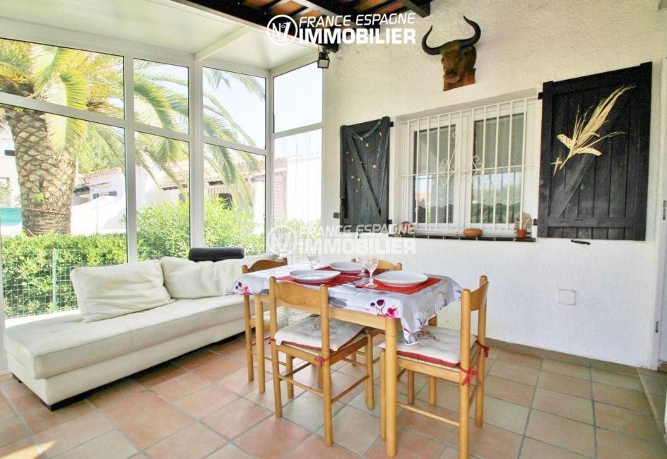 immobilier empuria brava: villa à Castello Nou proche golf & plage