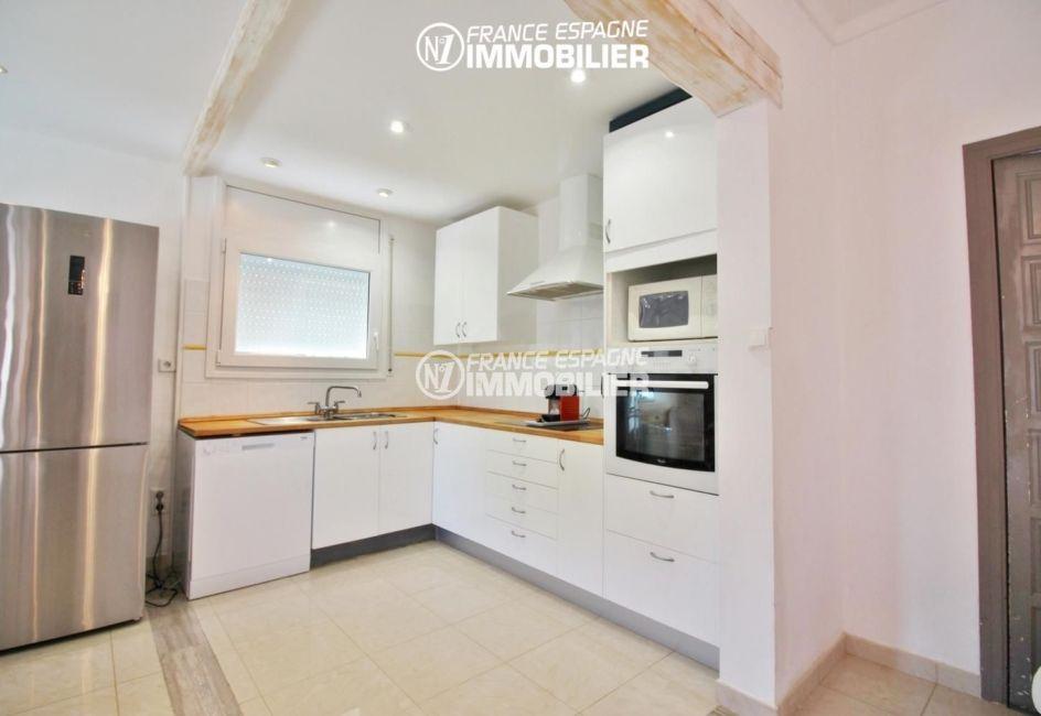 achat villa costa brava, 4 pièces 150 m², cuisine ouverte aménagée équipée