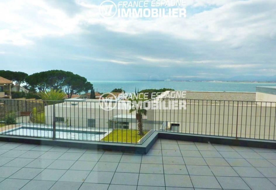 roses immobilier: villa ref.2391, terrasse avec magnifique vue sur la mer