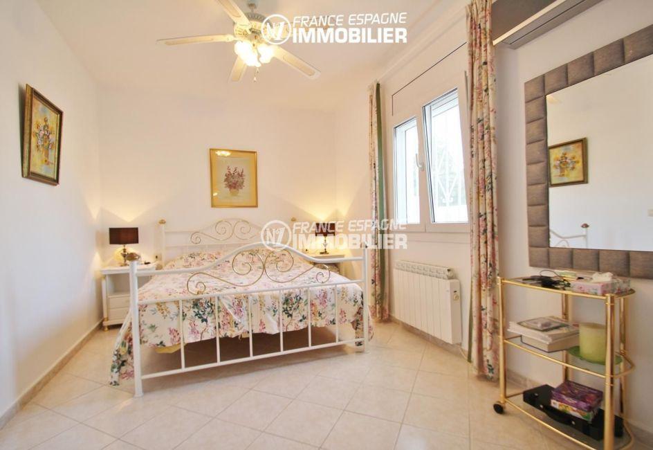 maison a vendre espagne, ref.1939, grande chambre 18 m²