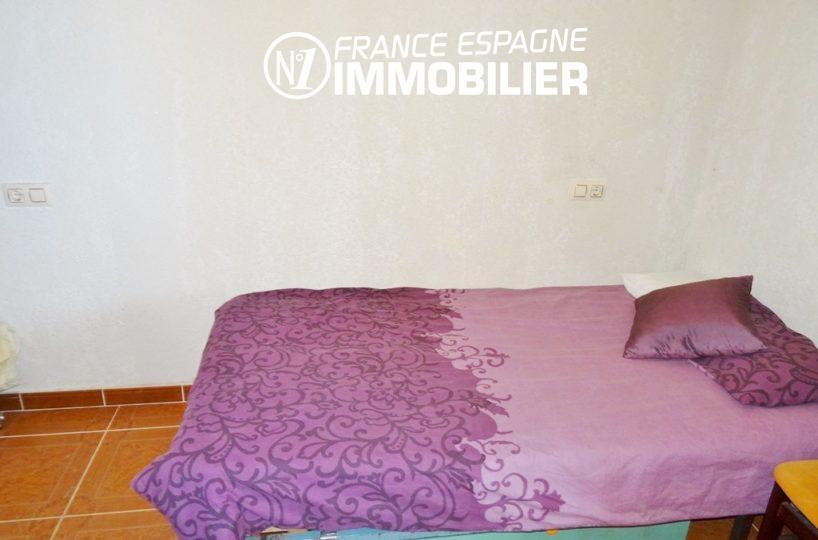 troisième chambre avec un lit double | villa ref.2560