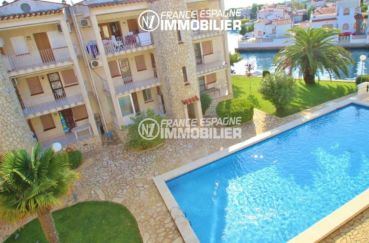 agence immo empuriabrava: appartement à vendre, terrasse 14 m² vue canal, piscine