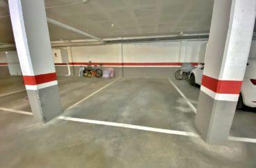 agence immobilière costa brava: appartement 3 pièces 85 m², place de parking en sous-sol