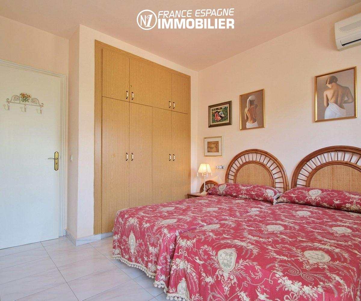 maison à vendre empuriabrava, ref.3271, vue seconde chambre avec placards intégrés