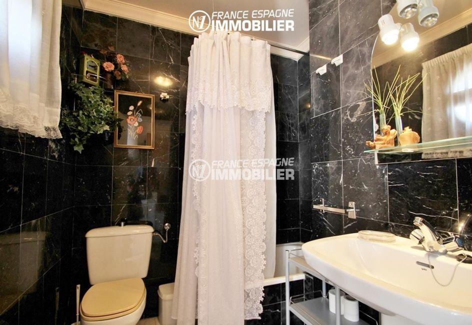 maison a vendre a empuriabrava, ref.3271, seconde salle de bains