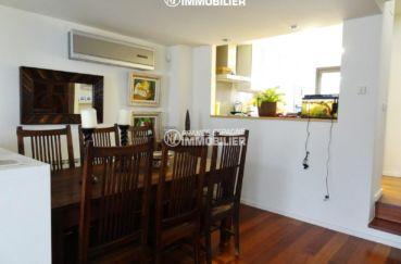 agence immobiliere palau saverdera: ref.2482, salle à manger avec cuisine semi ouverte
