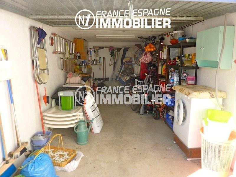 vente immobilière costa brava: villa 108 m², aperçu du garage avec des rangements