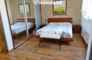 immocenter empuriabrava, villa ref 2110, suite parentale, avec placards