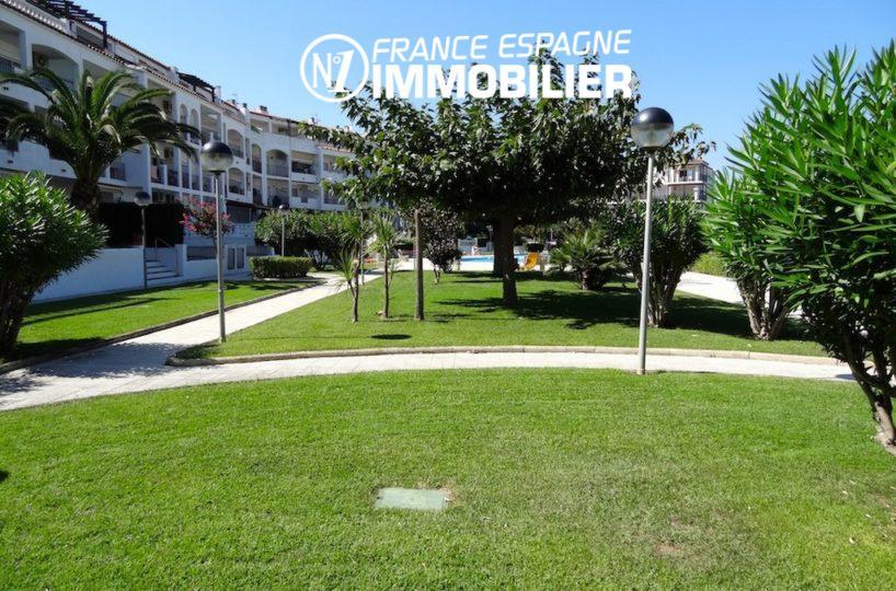 immobilier empuriabrava, appartement à vendre, vue marina, avec piscine
