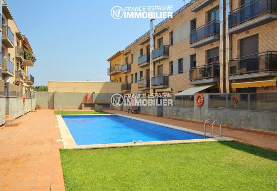immo espagne costa brava : appartement 139 m² + terrasse 66 m² sur le toit, 3 chambres, piscine