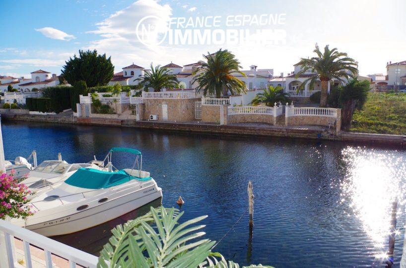 Empuribrava appartement avec piscine et vue canal