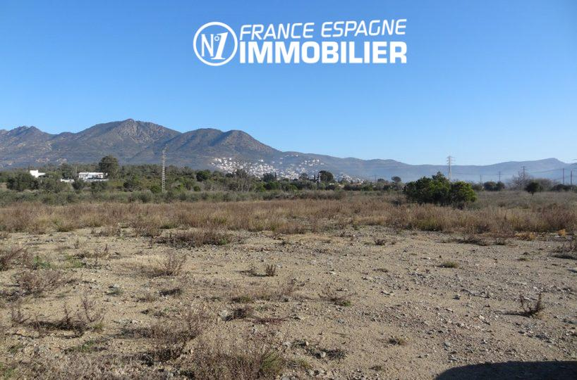 immo rosas: terrain ref.2449, non constructible / non édifiable, structure légère démontable