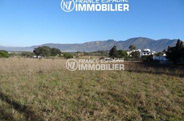 immobilier costa brava: terrain 4738 m² construction possible, ref.2448