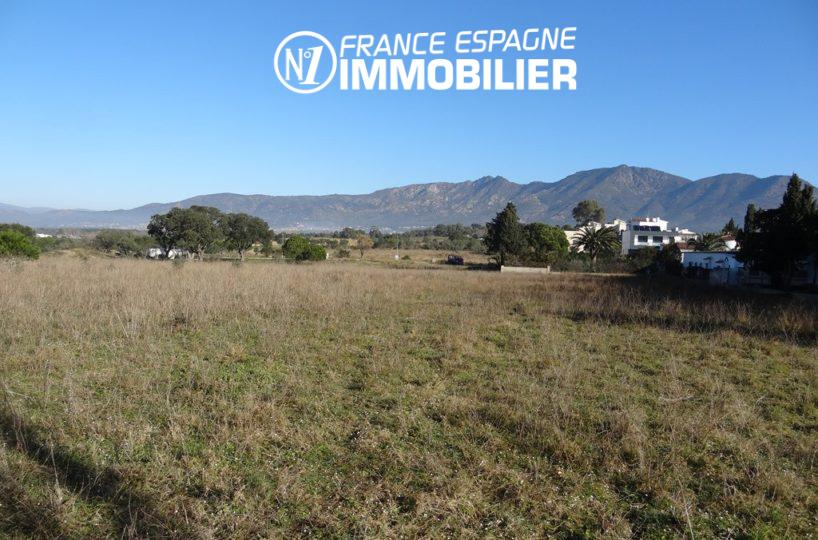 immobilier costa brava: terrain 4738 m² construction possible, ref.2448