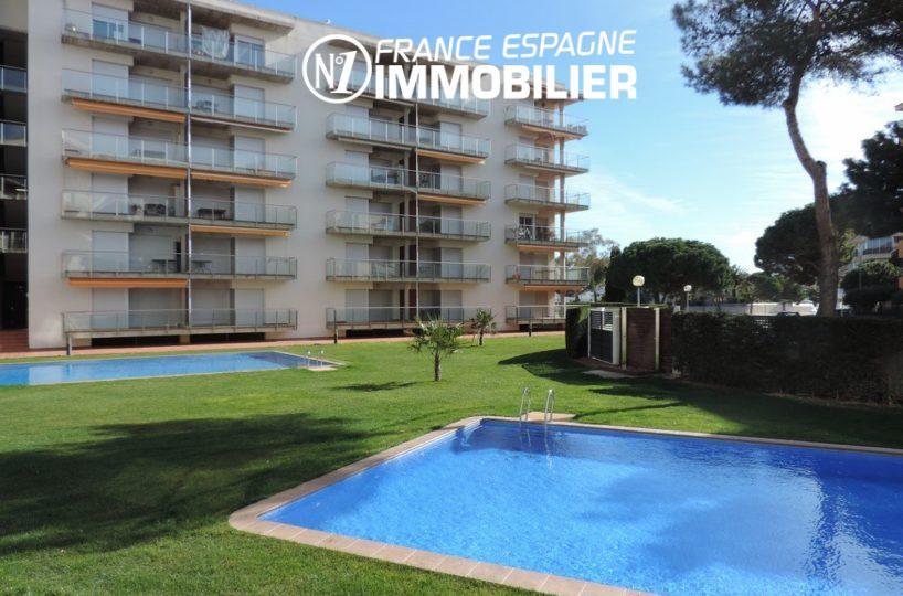 immobilier costa brava: appartement ref.2507, piscine, proche plage, parking