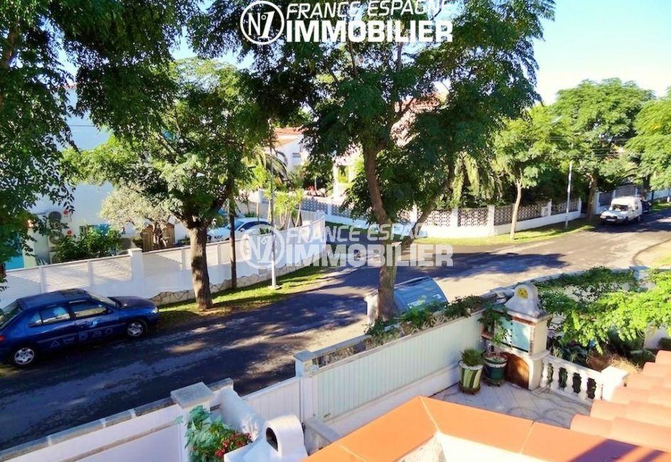 maison a vendre a empuriabrava, ref.1939, aperçu du quartier résidentiel depuis les chambres