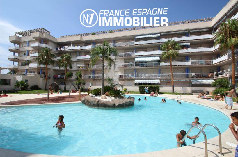 appartement a vendre rosas, 2 chambres, grande terrasse et piscine | ref.2647,