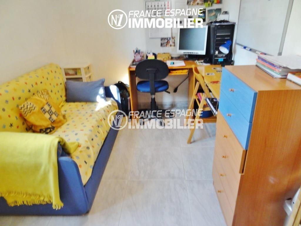 habitaclia empuriabrava, villa ref.2110, chambre 3, avec canapé lit