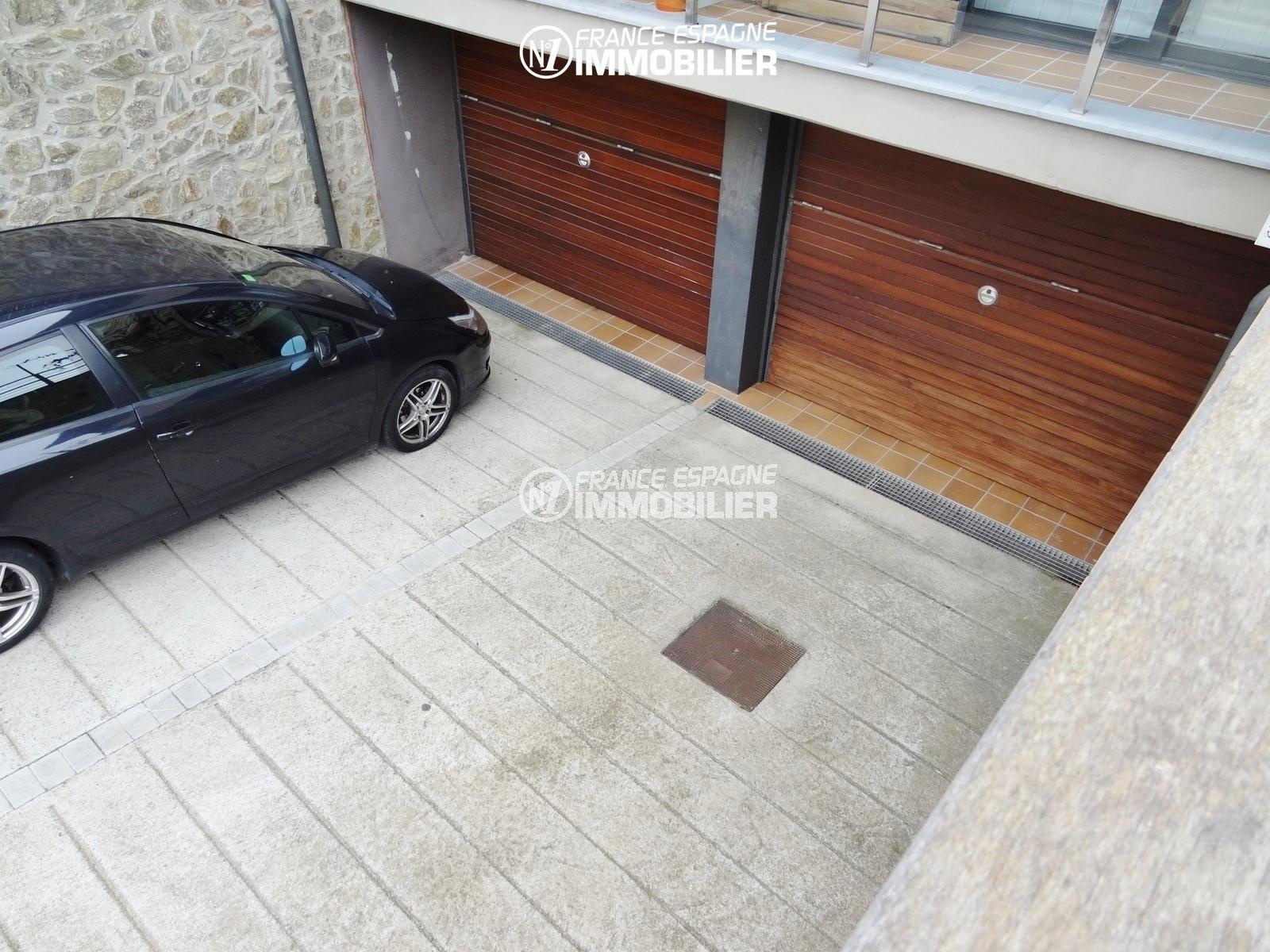 maison a vendre palau saverdera: villa ref.2482, aperçu du garage avec une porte électrique