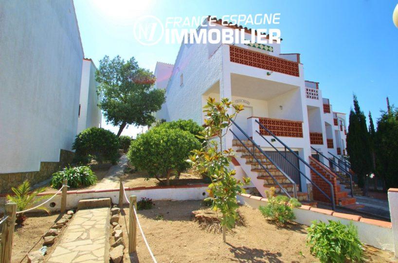espagne rosas: villa 93 m² avec piscine & garage, immo center