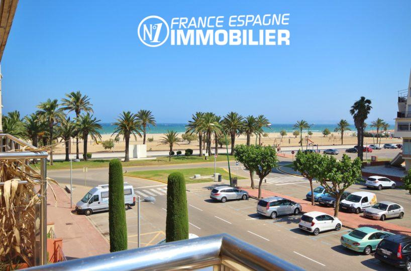 Agence immobiliere Empuriabrava vend appartement vue mer, proche plage