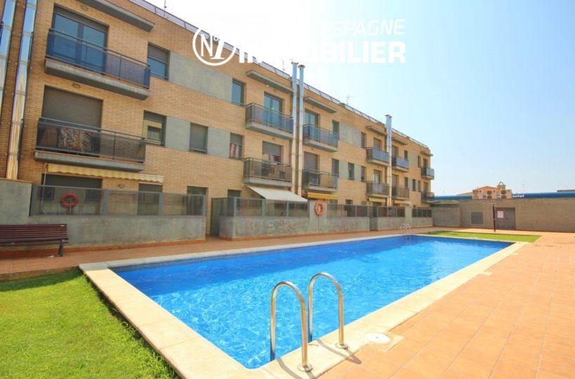 immo costa brava : appartement 139 m² + terrasse 66 m² sur le toit, 3 chambres, piscine