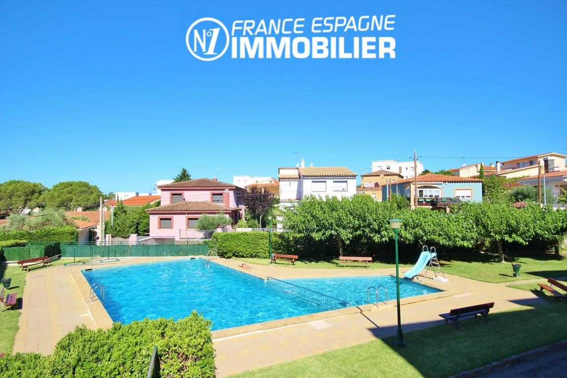Roses bel appartement avec piscine en commun n1 immo for Immobilier appartement