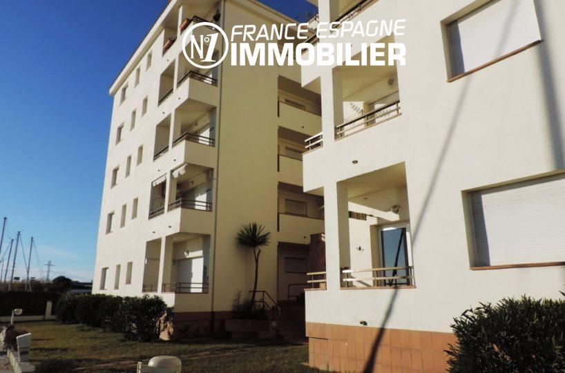 immobilier costa brava: studio 40 m² à Santa Margarita, terrasse vue canal, pas cher