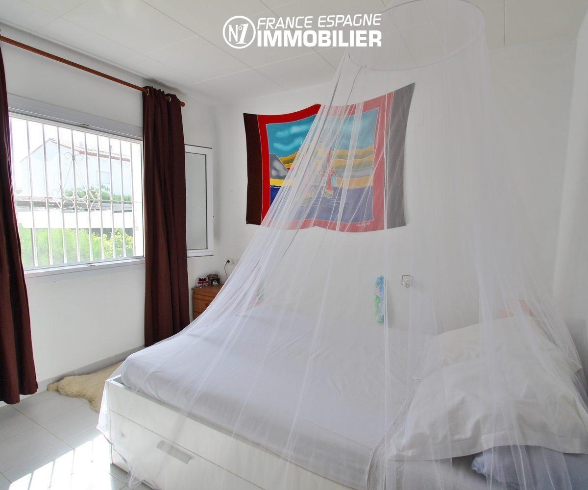 maison costa brava: villa 3 chambres, piscine, jardin, proche plage