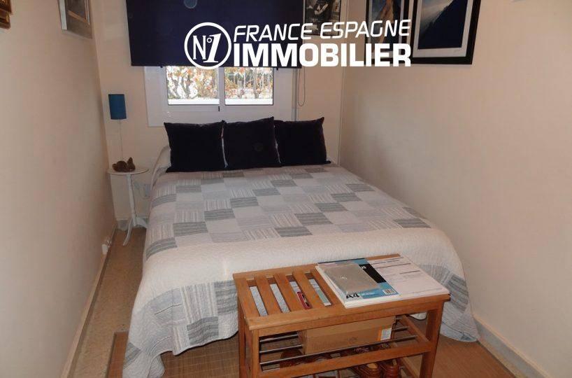 agence immobiliere empuriabrava: villa ref.2410, seconde chambre avec lit double