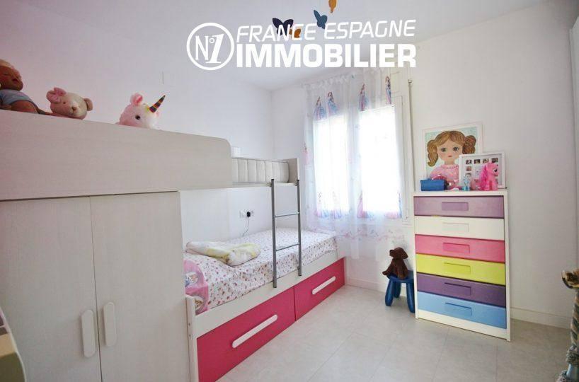 agence immobilière rosas: villa ref.3044, seconde chambre avec deuxlits superposés