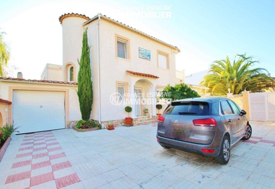 maison a vendre a empuriabrava, 153 m², proche plage, avec piscine