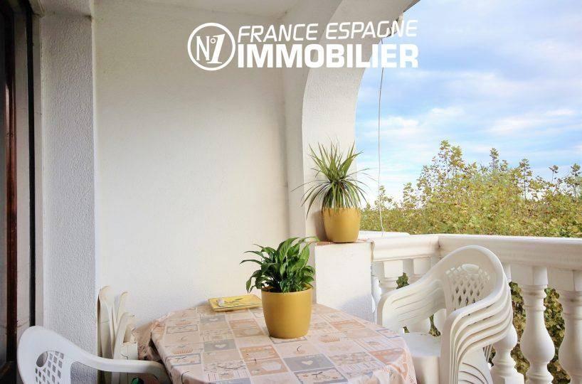 immo empuriabrava: appartement proche commerces - vue de la terrasse
