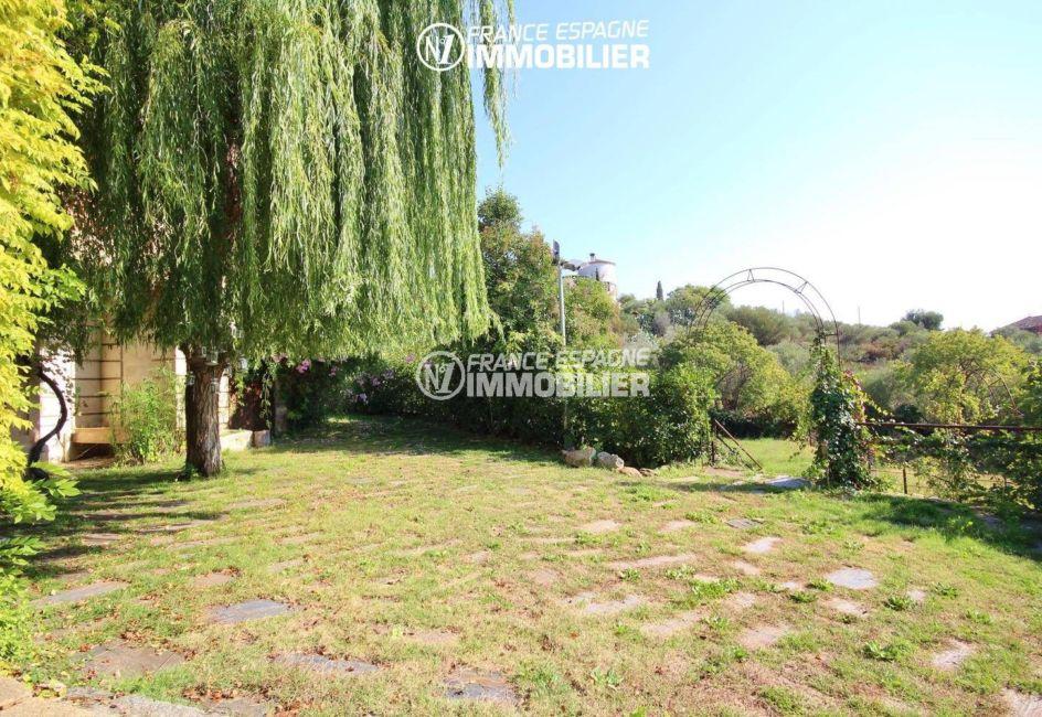 agence rosas: commerce à palau, terrain de 5033 m², jardin avec vue dégagée