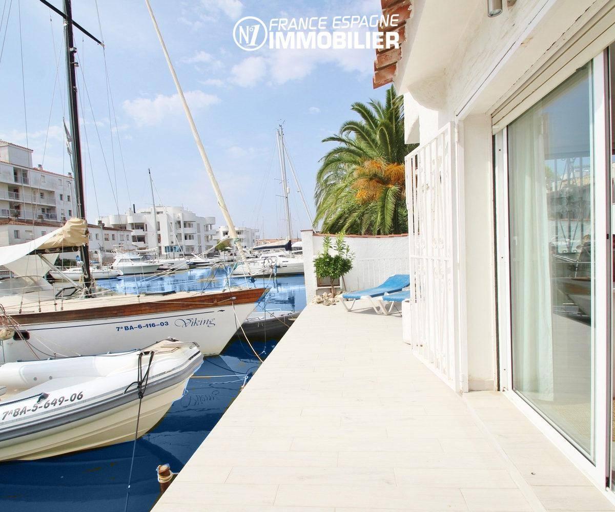agence immobiliere rosas: villa ref.3291, aperçu de la terrasse coté amarre