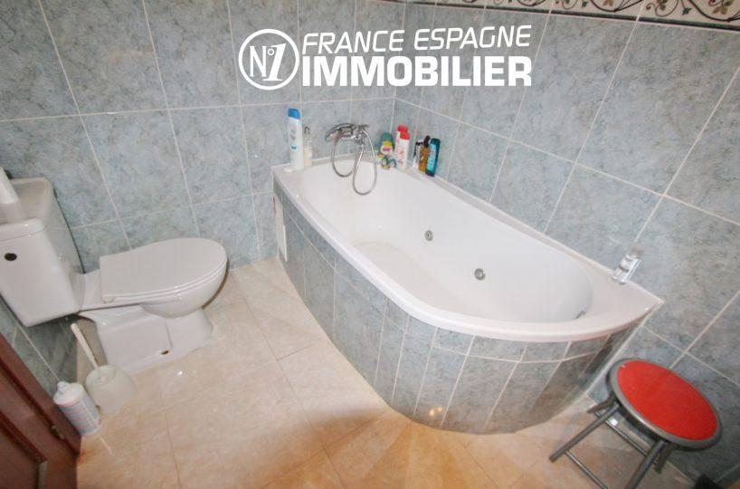 maison a vendre empuriabrava,  ref.3352, salle de bain 1, baignoire jacuzzi