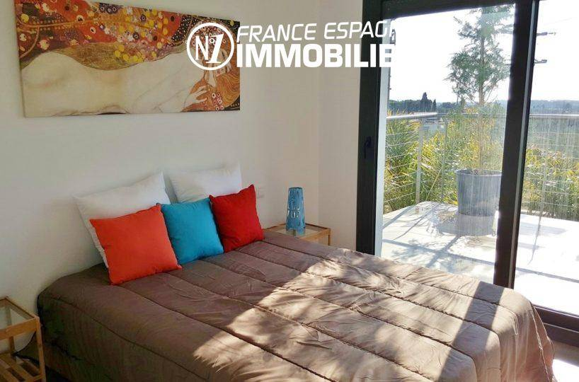 costabrava immo: villa ref.2942, chambre 2 avec un lit double accès terrasse