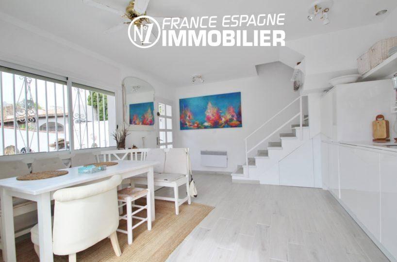 immo espagne costa brava: villa ref.3291, aperçu séjour / salle à manger