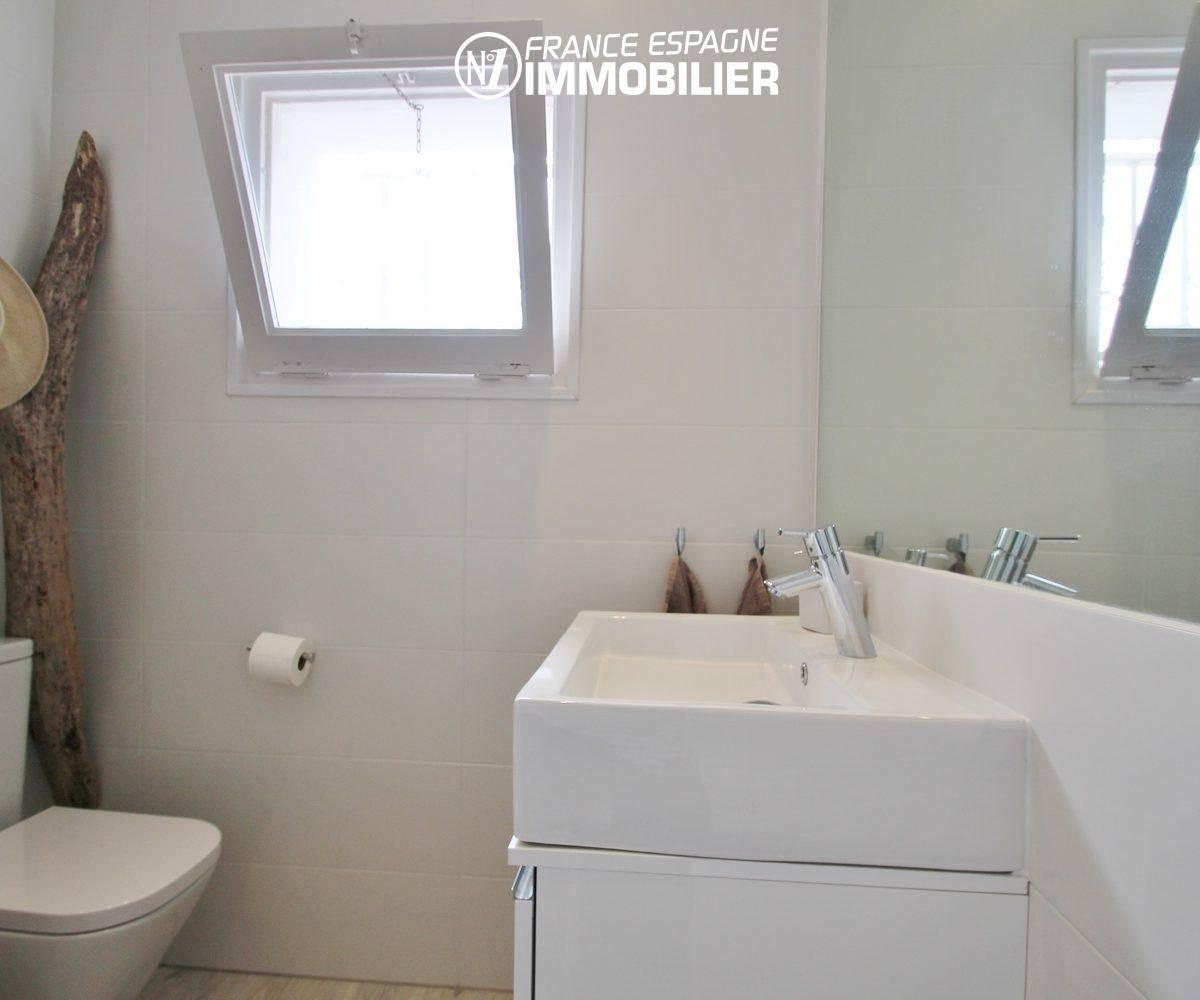 immobilier rosas espagne: villa ref.3291, salle d'eau de la suite parentale