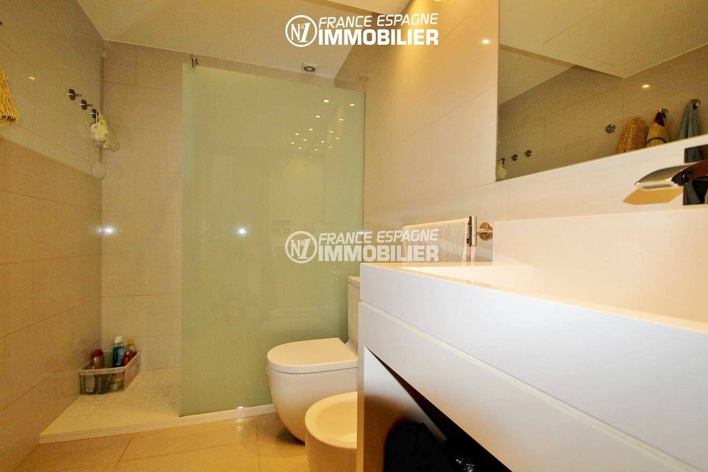 agence immobiliere costa brava: villa ref.3287, salle d'eau numero 1