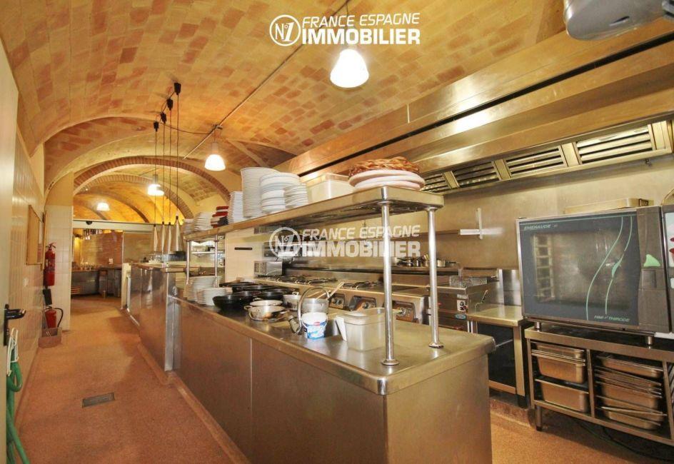 achat immobilier costa brava: commerce à palau, cuisine professionnelle de l'actuel restaurant