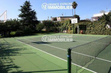 achat maison espagne costa brava, ref.2786, terrain de tennis, paniers de baskets accès jardin