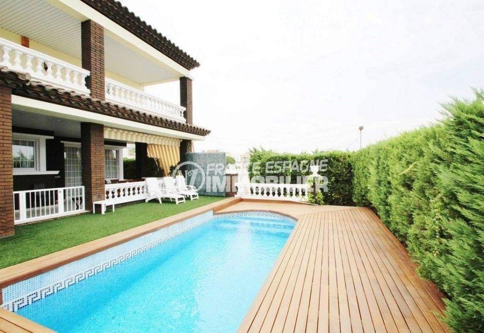 maison a vendre espagne, ref.1636, vue sur les terrasses et la piscine