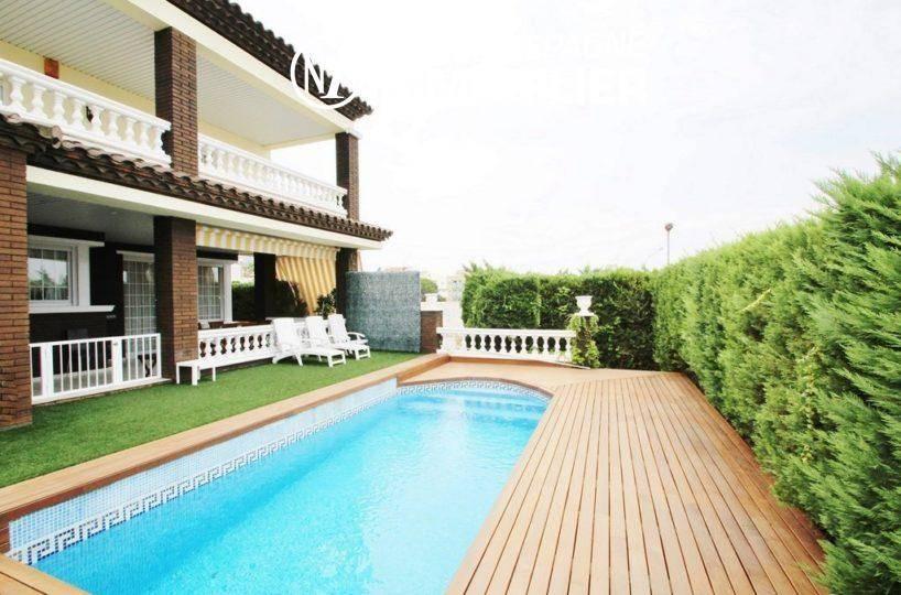 immobilier costa brava: villa ref.1636, avec studio, piscine, proche plage