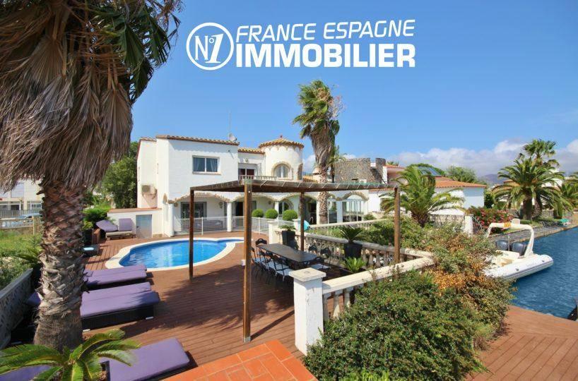 achat rosas: villa 179 m², terrain de 700 m² avec piscine accès amarre de 15 m